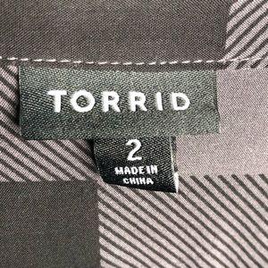 torrid Tops - NWOT TORRID black/grey plaid button down top
